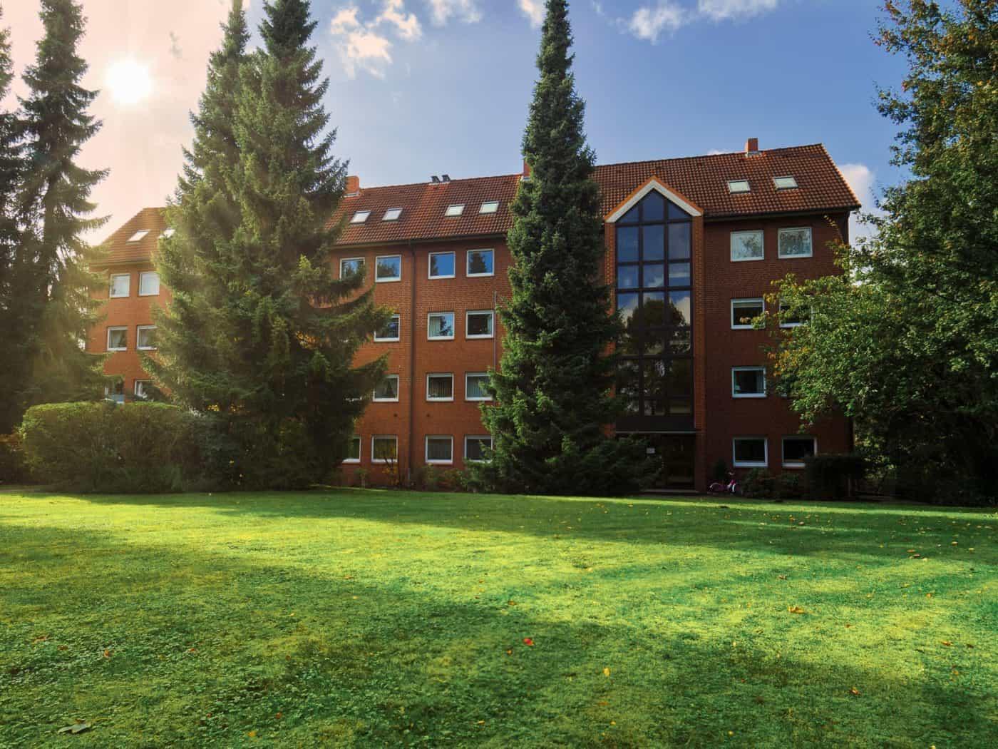 Immobilienmakler | | Maisonette-Wohnung in Quickborn mit traumhaften Blick ins Grüne | Quickborn | Ellerau | Bönningstedt | Hamburg | Norderstedt | Pinneberg