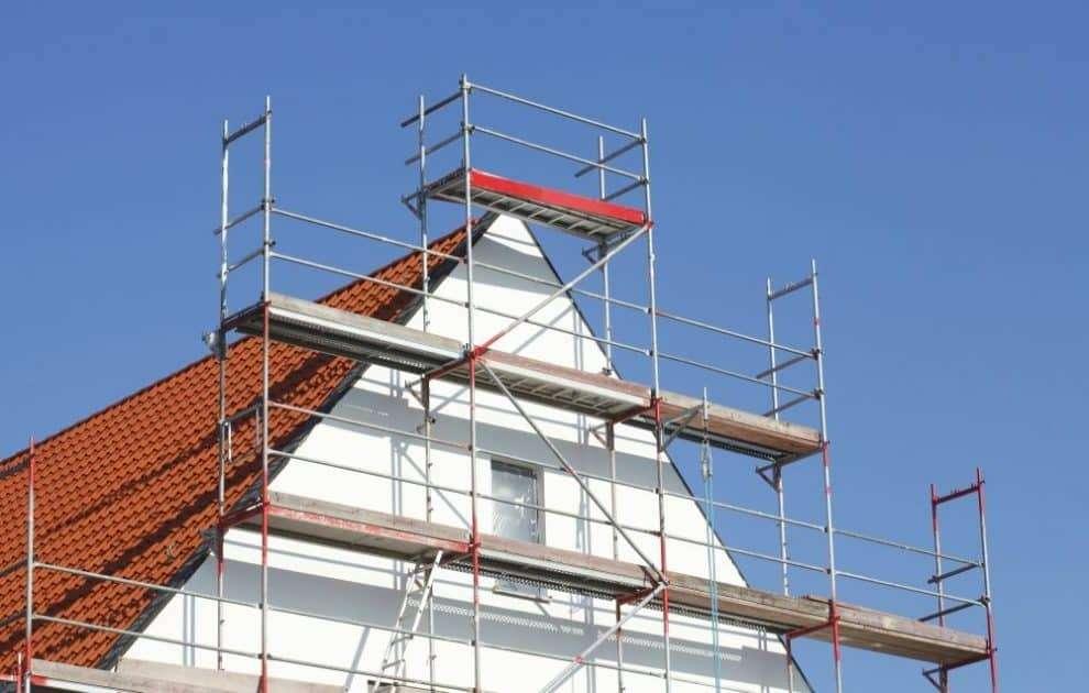 Teammakler Sanierung Renovierung Sanierungsarbeiten Verkauf Immobilie feuchter Keller Fenster Verkaufspreis Wohnqualität