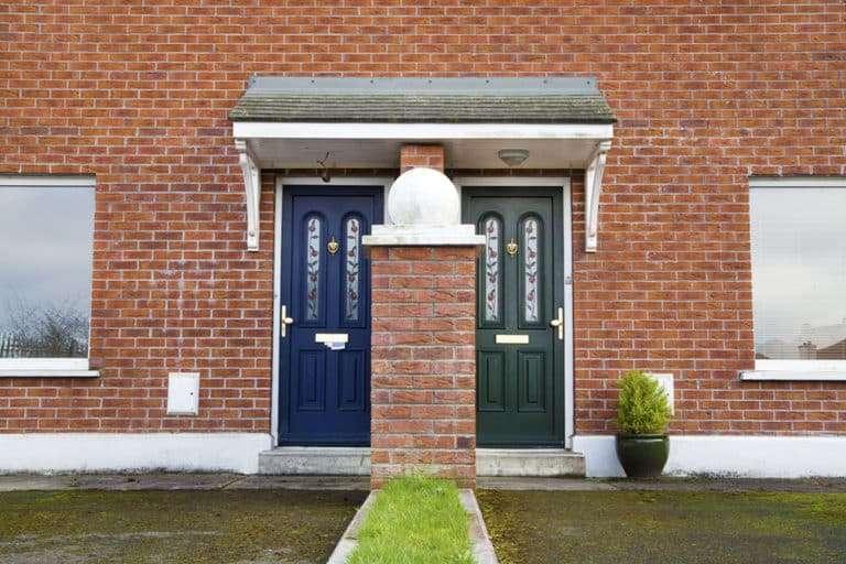 Aus eins mach zwei – Wie vollzieht man eine Immobilienteilung?