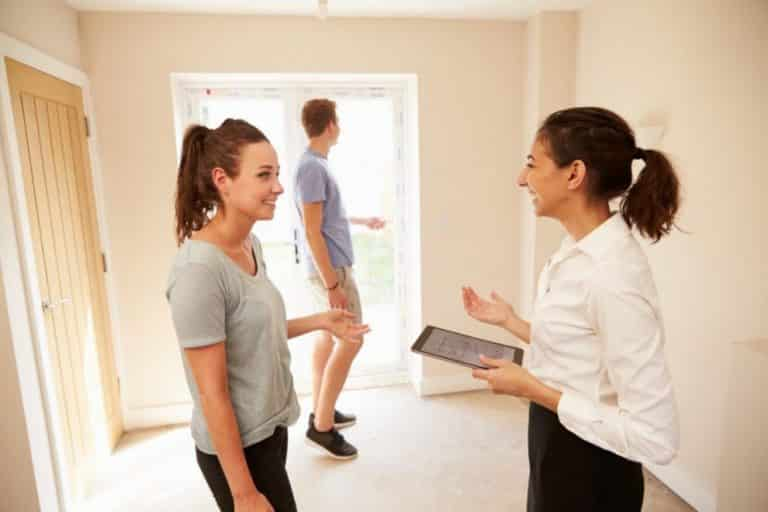 Warum sollte ich einen Immobilienmakler beauftragen?