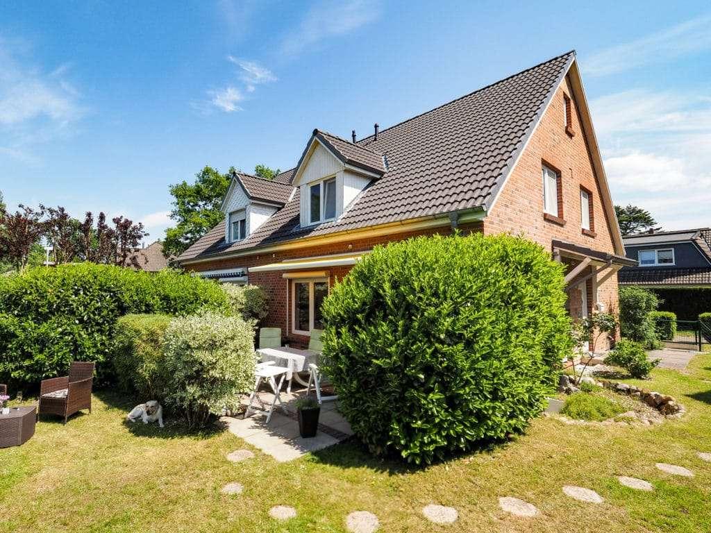 1. 2 : Wohnidylle in Ulzburg Süd: Doppelhaushälfte in begehrter Wohnlage