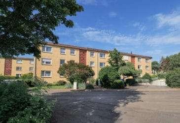 1. 1 : Stilvolle 4-Zimmer Wohnung in Ellerau auf Erbpachtgrundstück